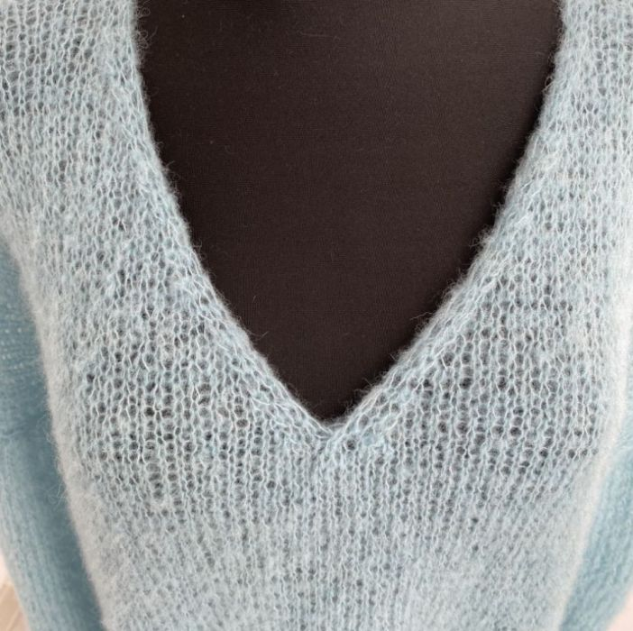 Lekki sweter oversize (alpaka z jedwabiem) - sweter delikatny