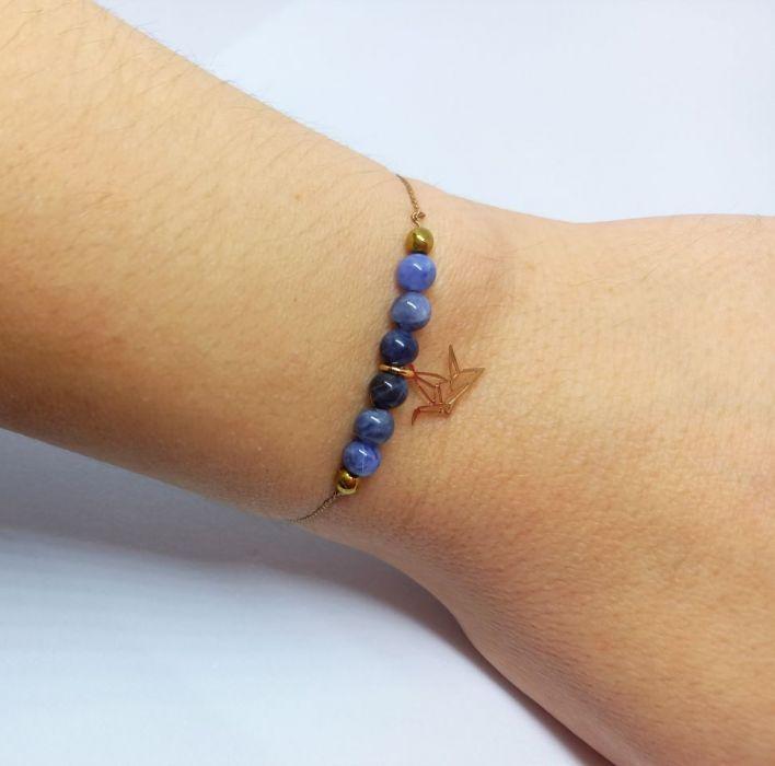 Bransoletka mocy: niebieski sodalit i koliber - Bransoletka z zawieszką - koliber
