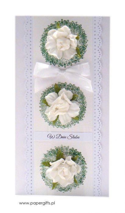 Biała z różami kartka ślubna