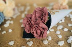 Bukiet róż z filcu - ciemny róż