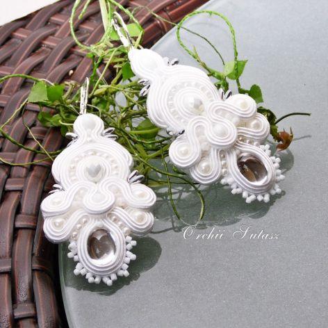 Kolczyki  śLUBNE -w kolorach bieli