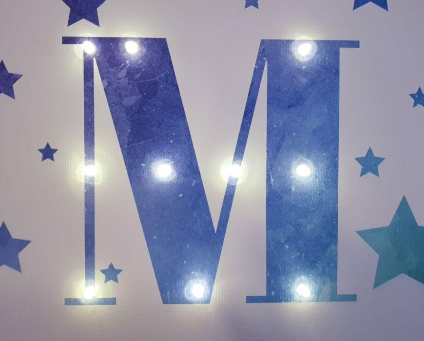 Metryczka z literą LED- gwiazki/niebieskie
