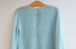 Miętowy pulower / sweter z falbankami