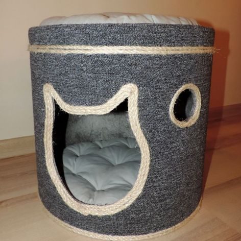 Mocna, stabilna Kocia chata z punktem widokow