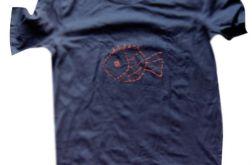 rozmiar XL czarna koszulka z rybą 6
