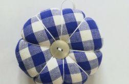 Poduszka na igły igielnik niebieska krata
