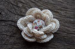 Spinka kwiatek kolekcja AMELIA ecru
