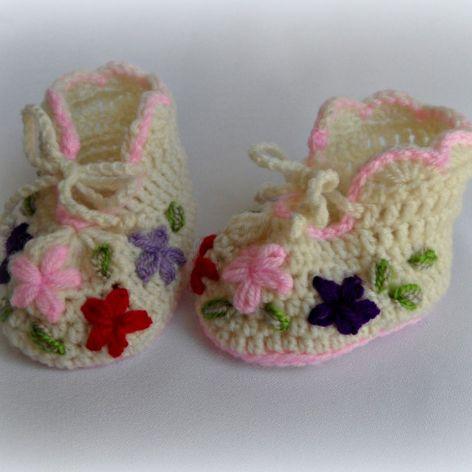 Buciki - Kolorowe kwiatki