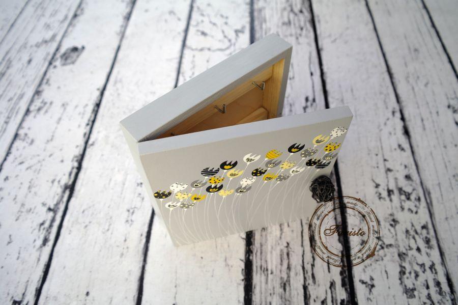 pudełko na klucze  tulipanki