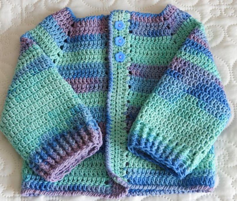 Sweterek szydełkowy