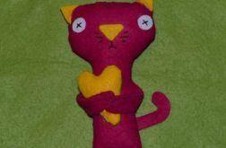 Kotek z sercem różowy - maskotka z filcu