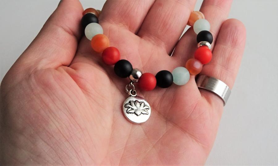 Bransoletka z kamieni - Kwiat Lotosu