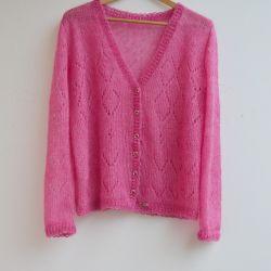 Różowy sweterek lekki jak piórko