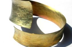 Tytanowa elegancja złota