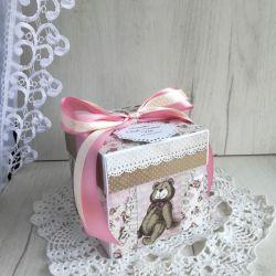 Exploding box z zabawkami róż, chrzest