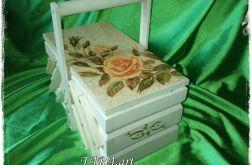 Ogromna Niciarka - pudełko na nici - róża