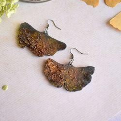Zardzewiałe kolczyki liście miłorzębu