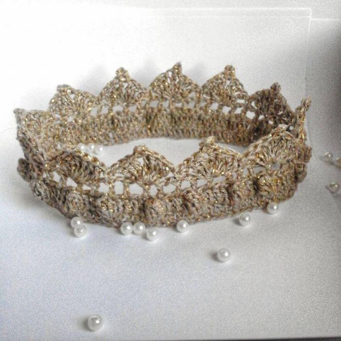 Szydełkowa korona