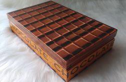 pudełko na czekoladę (czekoladownik)
