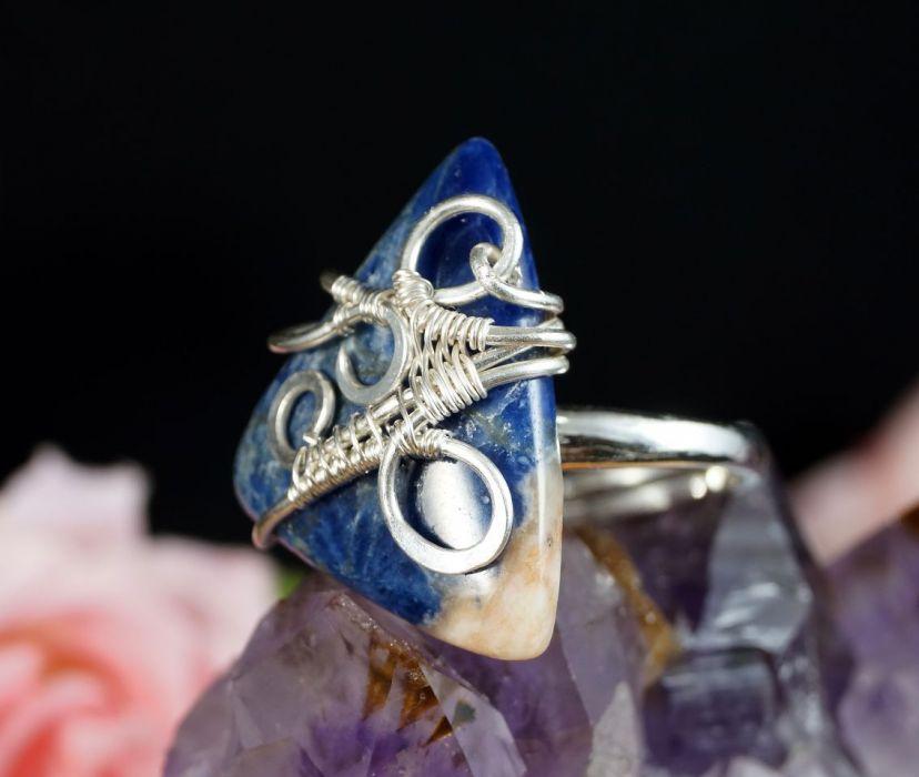 Srebrny pierścionek z sodalitem handmade