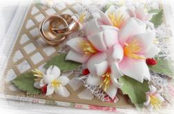 Pamiątka ślubna w pudełku z clematisami