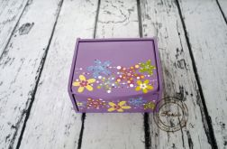 fioletowa toaletka kwiaty