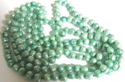 Perły naturalne, sznur,pastelowa zieleń
