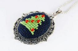 Wisiorek zielona choinka haft krzyżykowy