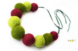 Korale z filcu zielono malinowe Hand Made
