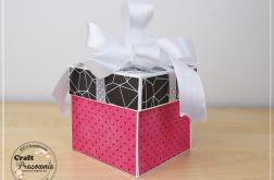 Designerski róż - ślubny exploding box