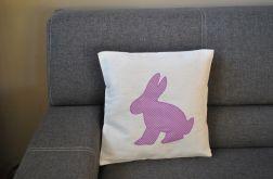Poszewka z fioletowym królikiem