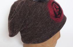 czesanką filcowane czapki wełniane