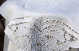 Serweta haftowana richelieu