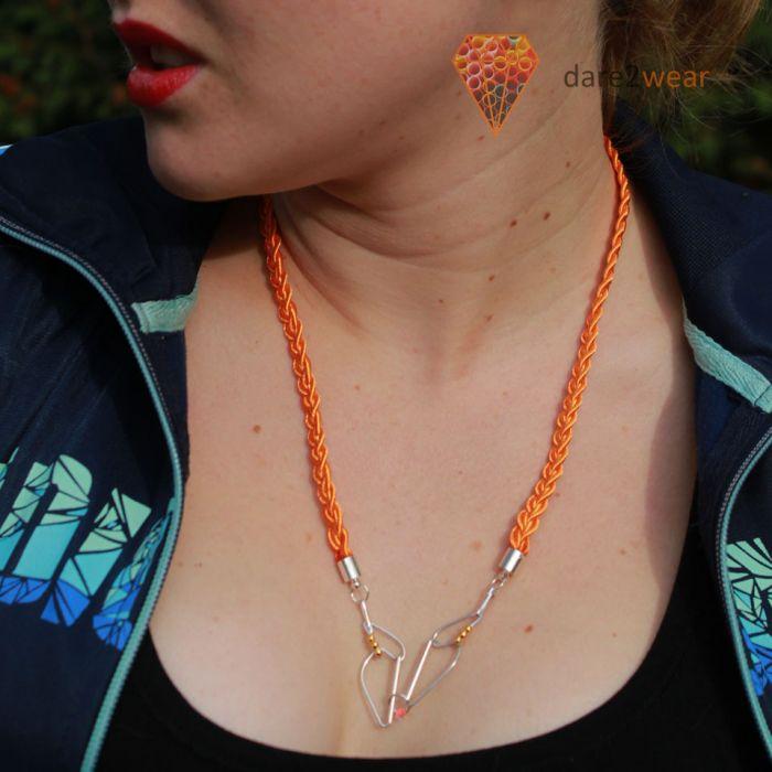 Naszyjnik ze spinaczy - pomarańczowy