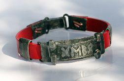 Runiczny amulet miłości na czerwono