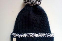 granatowa czapka 2