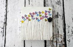 Drewniane pudełko na klucze z tulipanami
