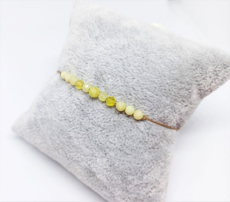 Bransoletka mocy: żółty opal - Bransoletka na jedwabnej nitce