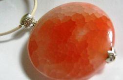 Agat pajęczy w pomarańczowym odcieniu