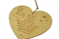 Grawerowane serce z modlitwą, aniołem