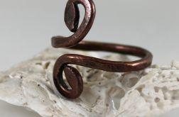 Zawijas - miedziany pierścionek