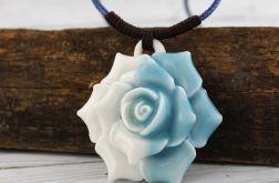 Róża - wisior ceramiczny