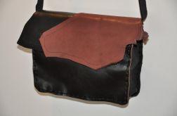 Ręcznie szyta mini  torebka ze skóry