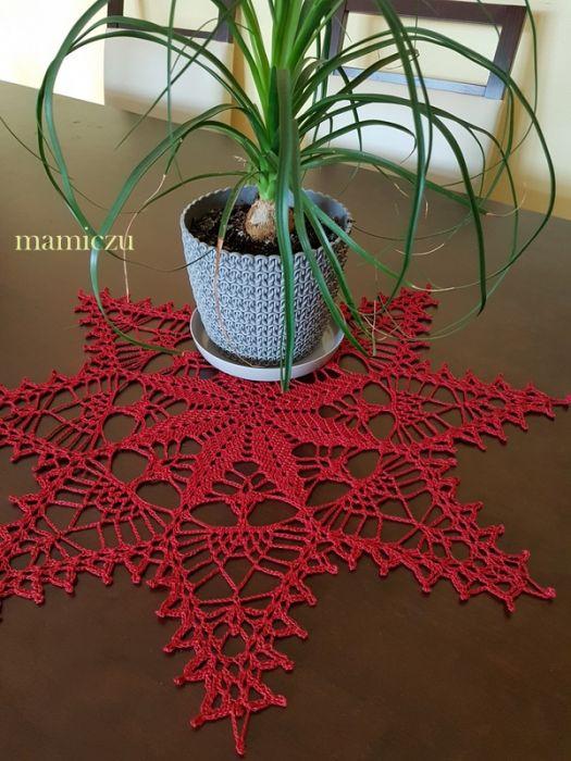 Serwetka szydełkowa w kształcie gwiazdki - serwetka w kształcie gwiazdki