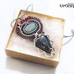 Wisior Mocy z lapis lazuli i agatem