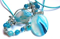 Błękitne agaty, wisior i bransoletka, zestaw