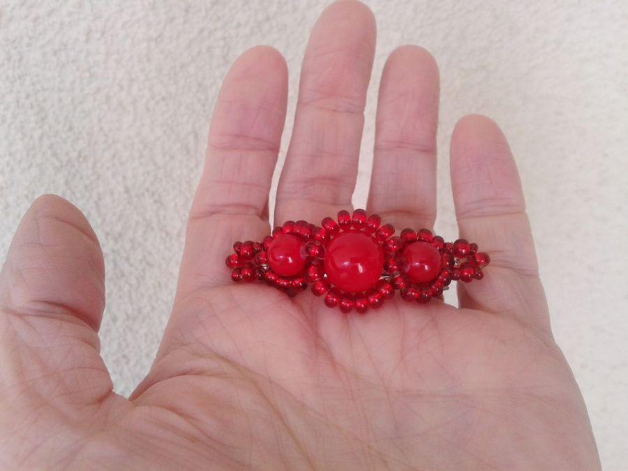 Spinka Coś Czerwonego do włosów