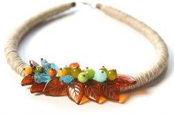 Naszyjnik z lnu i korali szklanych Doryda