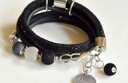 ** black bracelet **