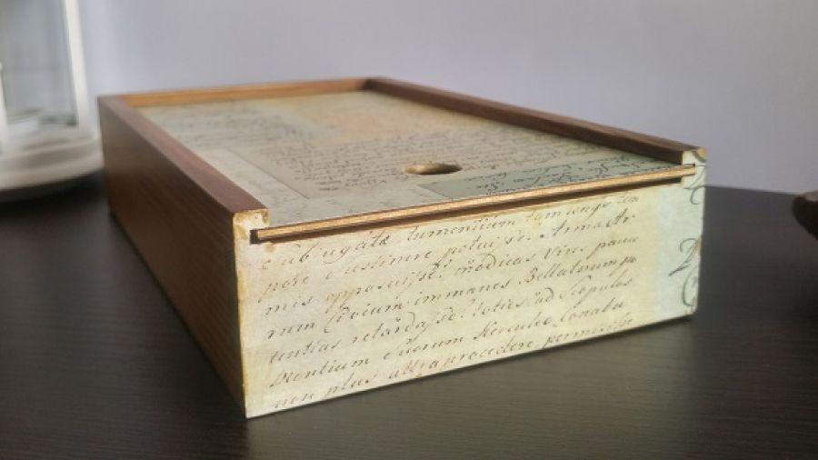 Piórnik drewniany Napisy